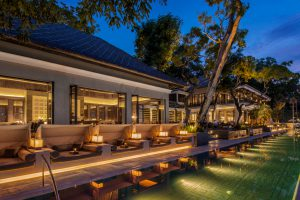 restaurant beach club Bali
